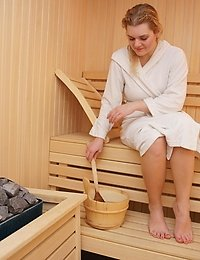 Lets have a look at an all female mature sauna
